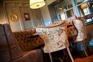 The Boat House - a friendly pub for drinks and eating out in Neston, Merseyside.